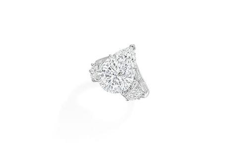 Отново диамантен пръстен с крушовиден диамант