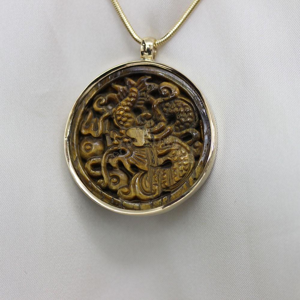 Медальон бяло злато с тигрово око