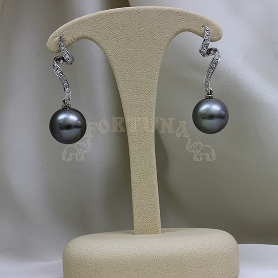 Златни обеци перла и брилянти