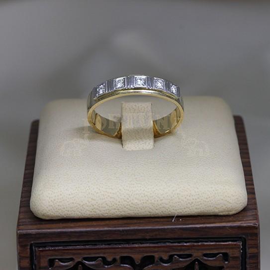 Златен пръстен с платина и брилянти