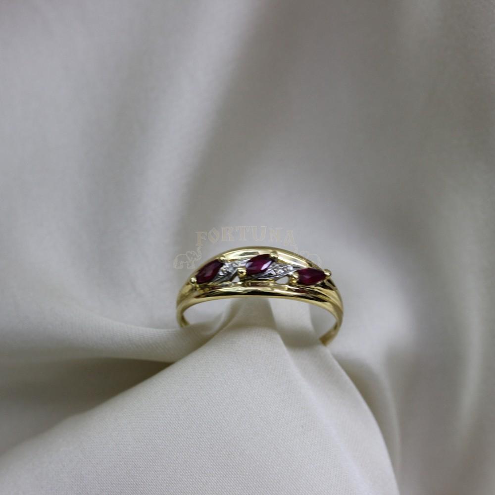 Златен пръстен с рубини и брилянти