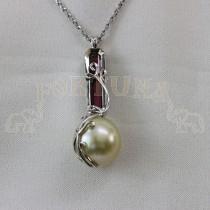 Златен медальон с жълта  перла и турмалин