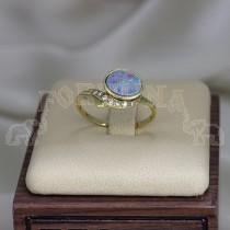 Златен пръстен с опал и брилянти