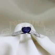 Златен пръстен със син сапфир и брилянти