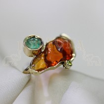 Дамски пръстен с изумруд и опал