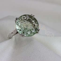 Златен пръстен с аметист