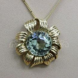 Златен медальон с аметист