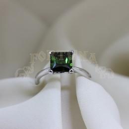 Златен пръстен със зелен турмалин